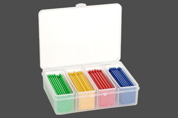 Applikationspinsel_biegbar_behaelter_verschiedene_Farben